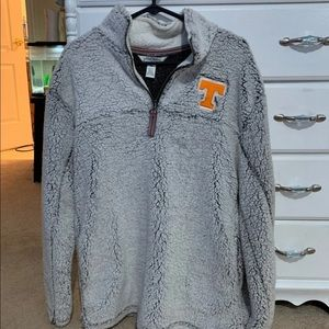 True grit style Tennessee pull over